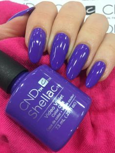 50 reasons shellac nail design is the manicure you need in 2019 purple gel nails Shellac Nail Designs, Gel Nail Tips, Shellac Nail Art, Shellac Colors, Glitter Gel Nails, Glitter Acrylics, Shellac Nails, Stiletto Nails, Nail Manicure