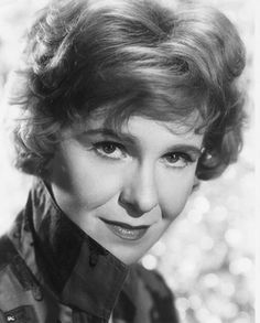"""Geraldine Page - Movies, Bio and Lists on MUBI """"I didn't want to be a Hollywood actress who every so often does a Broadway play. I wanted to be a Broadway actress who every so often does a movie. Hollywood Icons, Vintage Hollywood, Hollywood Stars, Hollywood Actresses, Classic Hollywood, Actors & Actresses, Hollywood Celebrities, Missouri, Geraldine Page"""