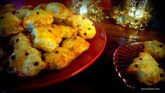 Τα Χριστούγεννα, εκτός από τα μελομακάρονα, τους κουραμπιέδες και τα μπισκότα, οι τυρολάτρεις επι... Cauliflower, Vegetables, Recipes, Food, Gastronomia, Cauliflowers, Recipies, Essen, Vegetable Recipes