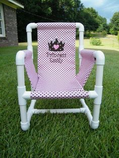 Creative PVC Pipe Ideas You Should Definitely Make - mybabydoo Pvc Pipe Crafts, Pvc Pipe Projects, Pvc Pipe Furniture, Cool Diy, Easy Diy, Home Crafts, Diy And Crafts, Pvc Chair, Interior Decorating Tips