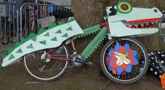 Bicycle Decor, Kids Bicycle, Bike Decorations, Festival Decorations, Bike Parade, Crocodile, Tricycle Bike, Pet Day, Diy Costumes