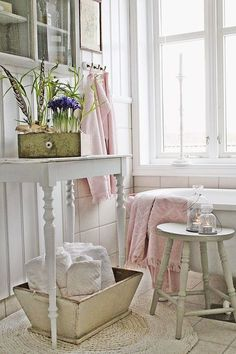 Décor Inspiration | A Beautifully Styled White Home in Norway