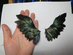 Tutorial on how to make amazing wings for your dolls, figures, etc.