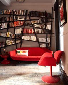 Özel dizayn kitaplık odanın gerçek kahramanı. Odanın modern havasını ve mobilyalarını tamamlıyor.  #oturmaodası #oturmaodasi #dekorasyon #dekorasyonfikirleri #dekorasyonönerisi #dekorasyonönerileri #dekorasyononerisi #kitaplık #kitaplik #kitapliklar #kitaplıklar #kitapliklarim #kütüphane #kutuphane #kütüphanem #marifetix #evdekorasyon #evimevimgüzelevim #evimgüzelevim #evdekorasyonu #evdekor #dekor