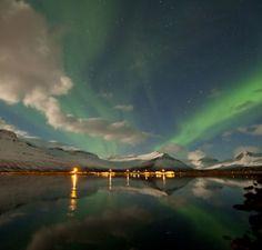 Una bella aurora polare di fine marzo in Islanda