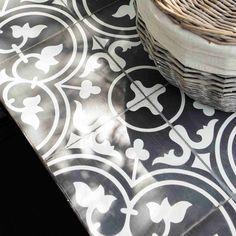 400 euro Tavolo in metallo e quadretti di cemento per sala da pranzo L 200 cm