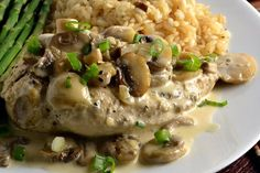 The Foodie Couple: Julia Child's Recipe for Chicken Breasts with Mushrooms & Cream ---Supremes de Volaille aux Champignons Source: Mastering the Art of French Cooking, Vol. I by Julia Child Made this today - best chicken of my life! Cream Of Mushroom Chicken, Mushroom Wine Sauce, Cream Chicken, Mushroom Soup, Mushroom Recipe, Lime Chicken, Garlic Chicken, Grilled Chicken, Cooker Recipes