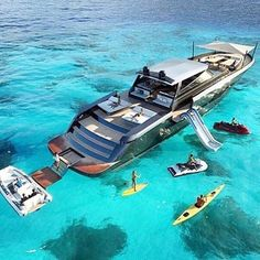 Not a bad set up! #yacht #yachts #superyacht #superyachts #oceanlife #ocean #oceanliving #wealthy #wealth #money #luxury #rich #cruise #cruising #sealife #sealegs #vacation #pool #jacuzzi #playtime #swimming #searay by regal_yachts