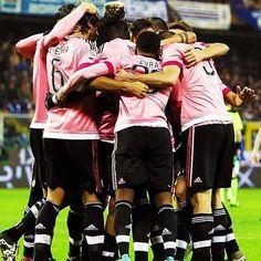9 triunfos consecutivos en la Serie A para la Vecchia Signora:   Jornada 10 Serie A:  -12ª Juventus.  Jornada 19:  -2ª Juventus.  REMONTADA BIANCONERA.