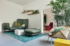 Hallmarks of traditional Venice reinvented in Casa Flora holiday flat by Diego Paccagnella