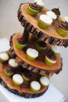 Wood tree slice cupcake stand