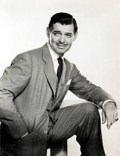 Clark Gable, the original Hollywood tough guy. Hollywood Men, Old Hollywood Stars, Old Hollywood Glamour, Vintage Hollywood, Classic Hollywood, Hollywood Party, Hollywood Style, Clark Gable, Popular Actresses
