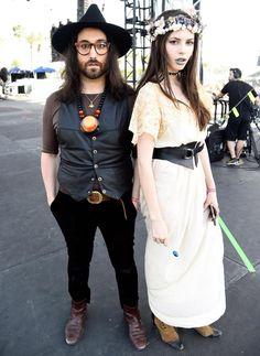 charlotte-kemp-muhl-sean-lennon-couple-style-festival-white-dress-floral-crown
