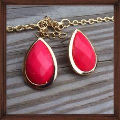 Coral Teardrop Stud Earrings; Nwot