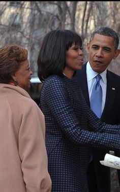 Inaugural Day 2013-the looks of love POTUS gives FLOTUS is ❤️PRICELESS ❤️