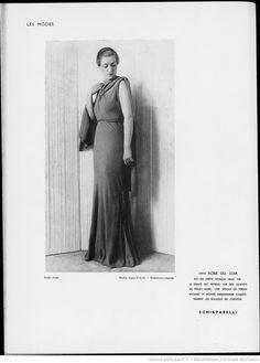 Modes (Paris) 1935  Robe du Soir. Schiaparelli