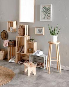 Muebles modulares con cajas Decor, Furniture, Room, Interior, Dining Room Small, Home Decor, Small Furniture, Coffee Table, Minimalist Home