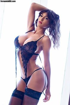 :) RT @tuttopepe001: @Fern_Ferrari You must add the photo on your website ... your boobs are stratospheric