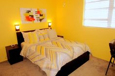 "2nd bedroom (The Yellow Room) - Key West Top Floor Condo ""Seaside Breeze"" -Monthly -  - rentals"