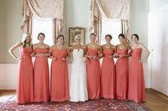 Resultado de imagem para madrinhas de vestido laranja