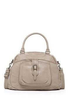 Handbags With Style. For the majority of women, buying a genuine designer bag is just not something to dash into. As these hand bags can easily be so pricey, women typically agonize over their decisions prior to making an actual handbag acquisition. Womens Designer Bags, Cheap Designer Handbags, Cheap Handbags, Handbags On Sale, Best Handbags, Handbags Online, Fashion Handbags, Fashion Bags, Women's Handbags