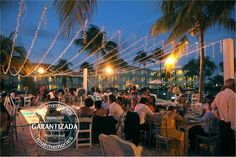 Sky lights  Ideal para eventos al exterior  Contactanos www.lovememories.com.mx #Cancun #RivieraMaya #RivieraNayarit #PtoVallarta #PlayadelCarmen