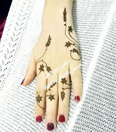 Beautiful and Unique Henna Design - New Mhendi Designs Henna Hand Designs, Eid Mehndi Designs, Pretty Henna Designs, Mehndi Designs Finger, Stylish Mehndi Designs, Mehndi Designs For Fingers, Mehndi Design Images, Henna Tattoo Designs, Finger Henna