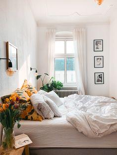 Cheap Home Decor .Cheap Home Decor Decor Room, Bedroom Decor, Bedroom Furniture, Bedroom Ideas, Home Interior, Interior Design, Autumn Interior, Interior Livingroom, Deco Studio