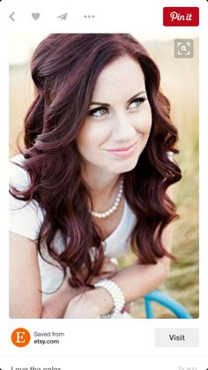 Brunette Hair color cute hair beautiful smile pretty brunette color hair color hair styles hair cuts Wavy hair with textured ends. Wedding Hair And Makeup, Hair Makeup, Hair Wedding, Curly Bridal Hair, Bridal Hair Down, Edgy Makeup, Soft Makeup, Makeup Hairstyle, Wedding Beach