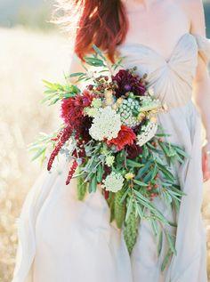 Earthy bridal bouquet