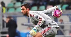 """Berita Bola: """"Donnarumma Lebih Baik Dari Neuer"""" -  http://www.football5star.com/liga-italia/ac-milan/berita-bola-donnarumma-lebih-baik-dari-neuer/72455/"""