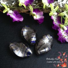 "2 Glasperlen ""Wellenförmig - Silber - Grau - Blau -  Transparent"""