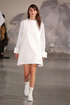 Jacquemus, P-E 15 - L'officiel de la mode