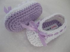 Baby Girl Shoes / Booties / Slippers Purple & White Bow - YOUR CHOICE size newborn - 12 months - photo prop - children. $18.00, via Etsy. #baby