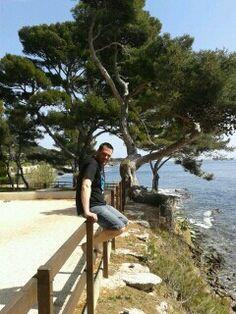Toulon au bord de mer en france.