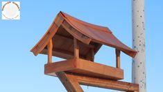 Oto karmnik wykonany z drewna egzotycznego dossie. W stylu Japońskim :)