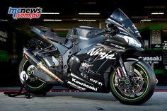 Kawasaki Ninja ZX-10RR 2017 Review - http://motorcyclecarz.com/kawasaki-ninja-zx-10rr-2017-review/