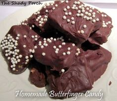 Homemade Butterfinger Candy by The Shady Porch #candy #butterfinger #peanutbutter #microwave