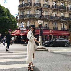 "1,959 Likes, 10 Comments - Sabina (@commeuneparisienne) on Instagram: ""⭐️"""