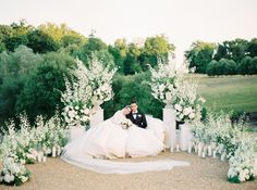 [orginial_title] – The Wedding Notebook A Romantic Fairytale Chateau Wedding in Loire Valley, France France destination wedding. Photo by Ben Yew Photography. Floral Wedding, Wedding Flowers, Outdoor Wedding Inspiration, Wedding Ideas, Wedding Arbors, Loire Valley, Wedding Flower Arrangements, Floral Arrangement, Wedding Ceremony Decorations