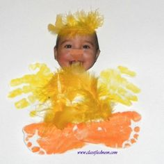 What a fun way to decorate for Easter! Easter crafts for kids can be made by toddlers with this easy, adorable project.