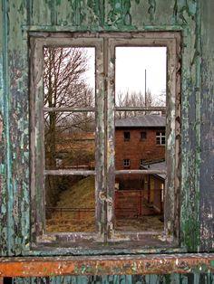 images of windows | Many thanks to Remigiusz Szczerbak and Stock Exchange for providing ...