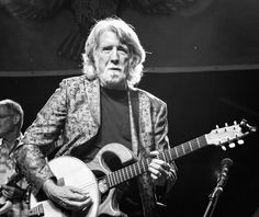 One of the founding members of Grammy Award winningNitty Gritty Dirt Band guitarist John McEuen. And 50 years of experience shows as he knows how to rock the stage! @nittygrittydirtband @rompfest #nittygrittydirtband #musicfestival #music #musicphotography #festivalseason #country #countrypop #countryrock #countrymusic #folkrock #folk #bluegrass #bandphoto #bandphotography #bands #concertphotography #gigphotography #guitarist #bnwphotography #audiophileoholic #htbarp #pocket_tunes #ig_bnw…
