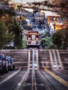 Hyde St. Cable Car San Francisco