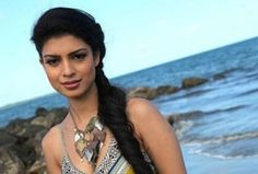 """Indian actress Tina Desai, who debuted in American TV with """"Sense 8″, says she has received an """"overwhelming"""" response for her role as a strong character."""