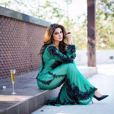 Pakistani Fashion Party Wear, Bollywood Fashion, Bollywood Actress, Indian Fashion, Bollywood Celebrities, Gautam Rode, Jennifer Winget Beyhadh, Indian Designer Wear, Stylish Girl