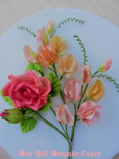 Rose & Sweet Pea sugar flowers by Noreen@ Box Hill Bespoke Cakes
