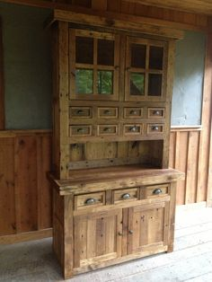Pallet Designs Reclaimed Chestnut Hutch - This hutch is hand crafted from 100 year old reclaimed wormy chestnut. Home Decor Furniture, Pallet Furniture, Custom Furniture, Furniture Ideas, Primitive Furniture, Large Furniture, Woodworking With Resin, Woodworking Plans, Woodworking Chisels