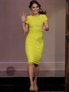 vanessa-hudgens-the-tonight-show-with-jay-leno-alice-and-olivia-dress