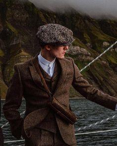 Harris Tweed Suit, Mens Tweed Suit, Tweed Suits, Peaky Blinders, 3 Piece Tweed Suit, Tweed Wedding Suits, British Style Men, British Fashion, Countryside Fashion